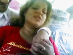 Iraqui prostetude show tits and kiss a guy