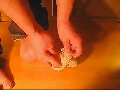 Boys Foot-Tease with cum (my own feet)