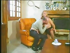 milf hot and horny loves hard long cock anal assfuck troia bello duro per bene in fondo al culo e sp
