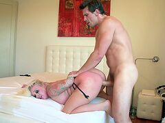 Big ass mom wants it all in and craves for the orgasm