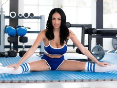 Two gorgeous hotties Luna Star,Victoria June fucked in the gym