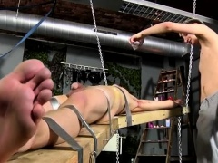 Free videos of gay emo bondage first time Dean gets tickled,