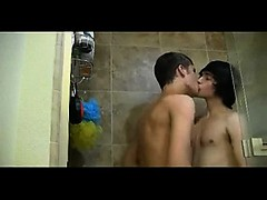 Amateur Twinks Having Fun Shower Sex
