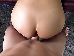 First timer takes a big cock up the ass with ease