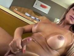Hot Shemale Camyle Victoria Mastubates