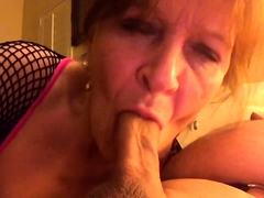 Naughty amateur granny knows how to work her lips on a dick