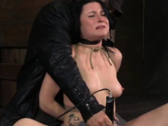 Chocked raven submissive handling magic wand