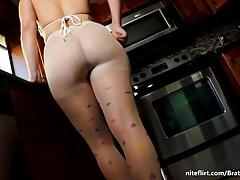White Pantyhose Poppers Tease by Femdom MissBratDom