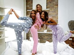PJ Party Pillowfight
