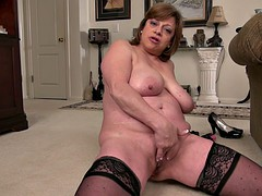 Gilf in sexy stockings has an extremely fuckable ass