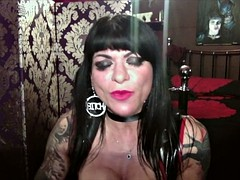dometria hostess - an interview with femdom24