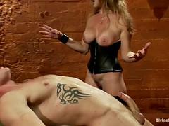 bondage whore has fun fucking his ass