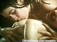 All-Natural %26 Wet Vintage Lesbians - Very Sensual