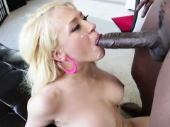 Blondie big tits Kagney Lynn Karter gets destroyed