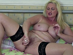 Mature sexy mom with big tits and ass