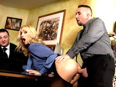 Tattooed blonde Sarah Jessie opens her tight ass for a long dick